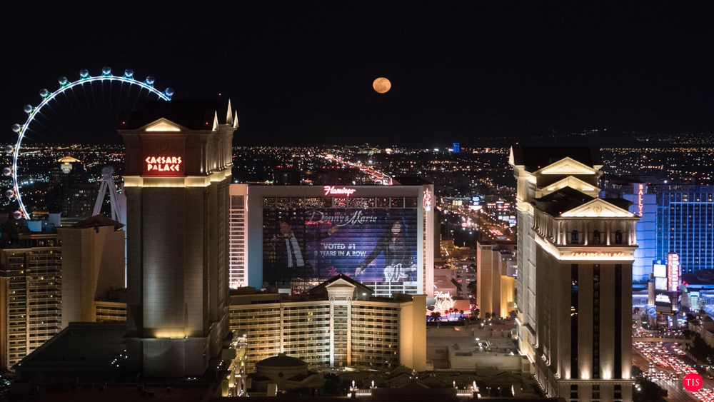 Full Moon at The Voodoo Lounge Las Vegas