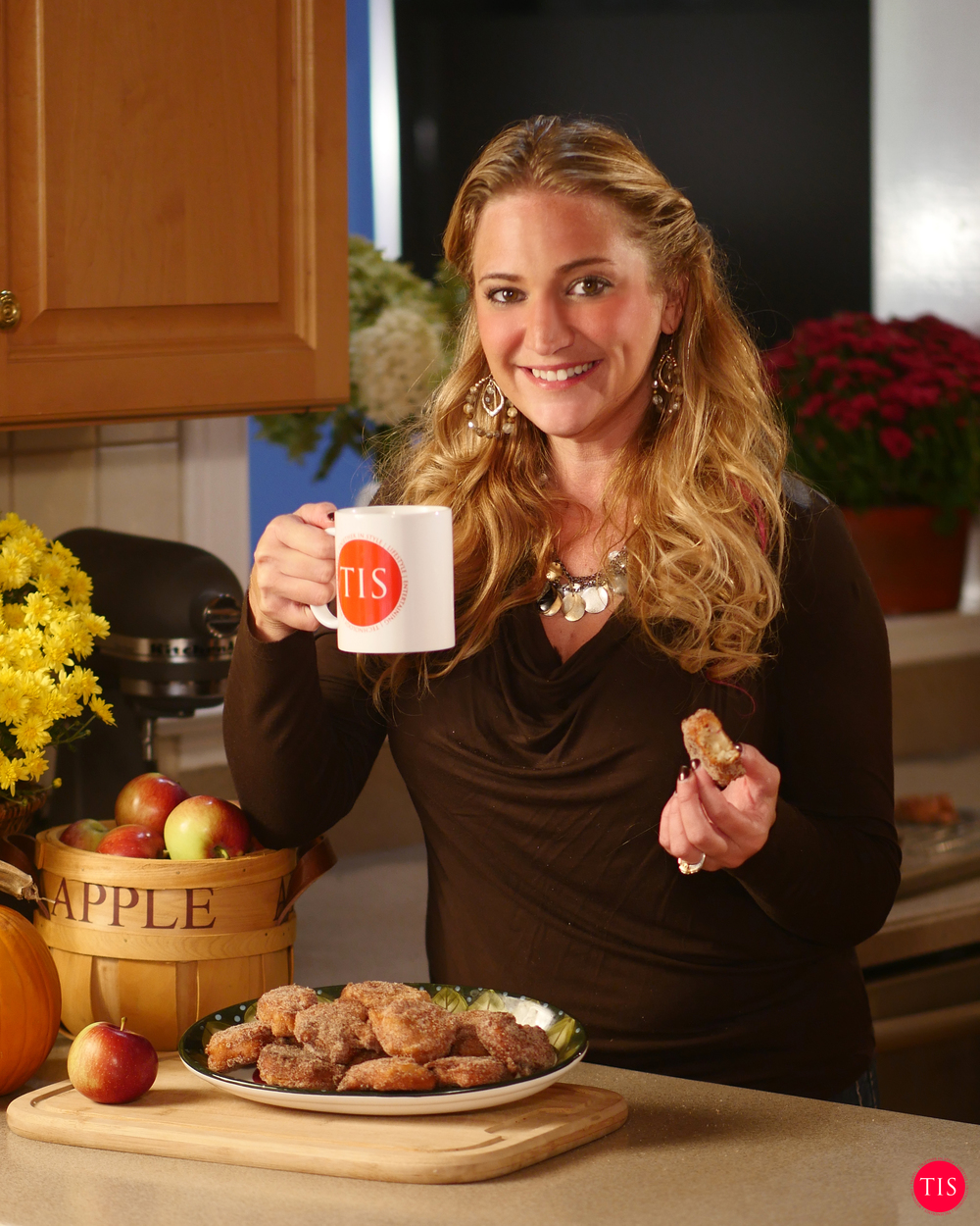 Jennifer Maring shares how to make Apple Fritters.