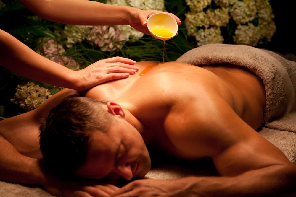 Maritim-Park-Hotel-Riga-Sanum-SPA-massage.jpg