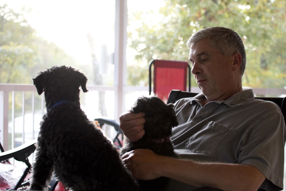 dad+puppies_lakehouse_10-10-15.jpg