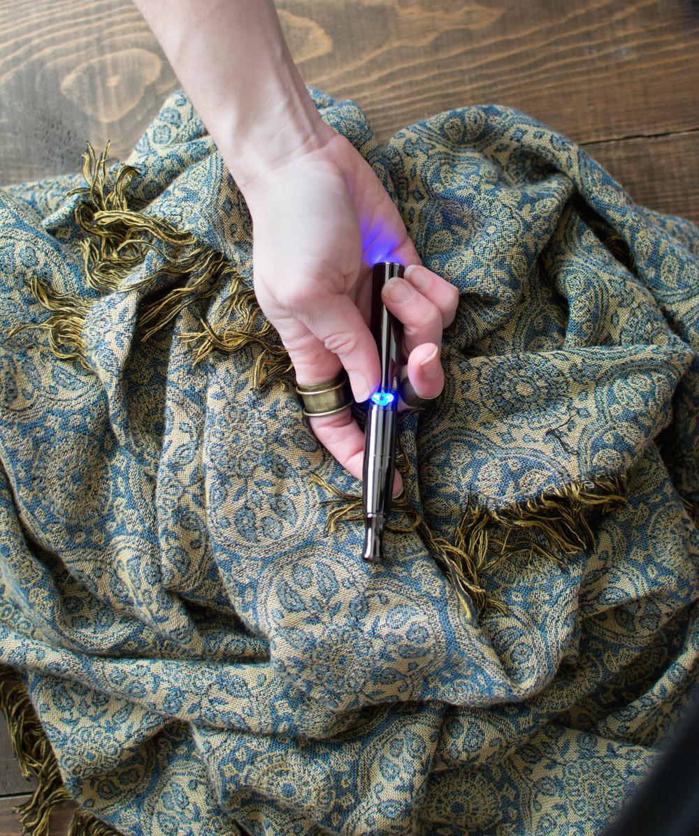 kimono-hand-puffco.jpg