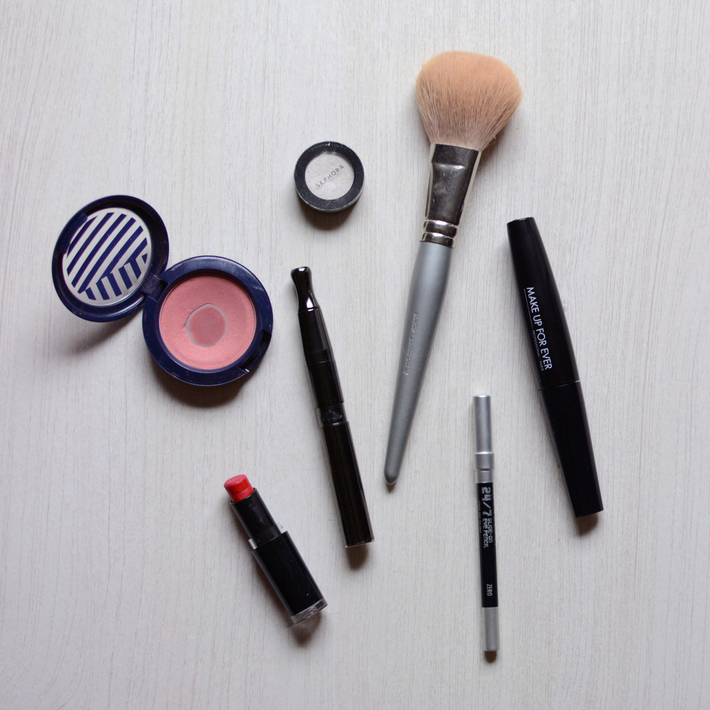 makeup-puffco.jpg