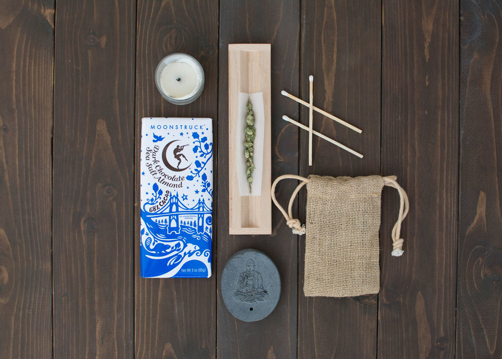 meditation-flatlay-thrive.jpg