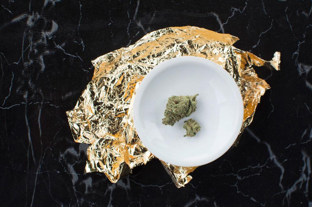 gold-foil-nug-blackmarble-greenandgold.jpg