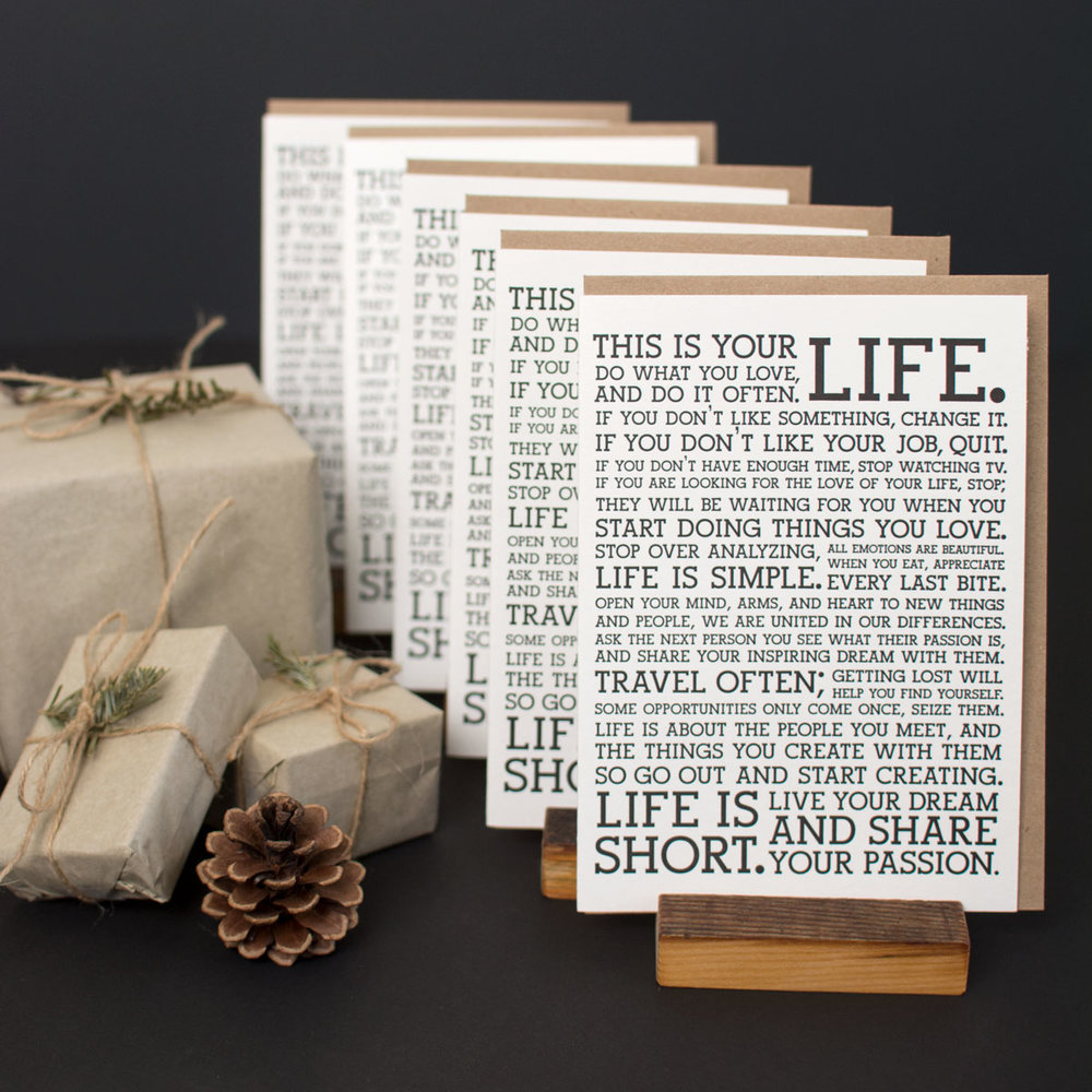 manifesto-bundle-8-holstee-holiday2017-1200px.jpg