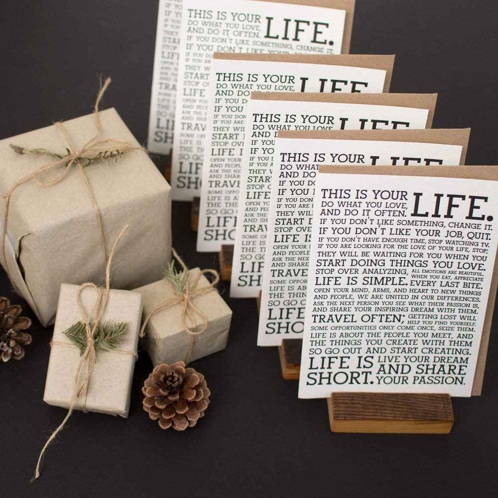 manifesto-bundle-9-holstee-holiday2017-1200px.jpg