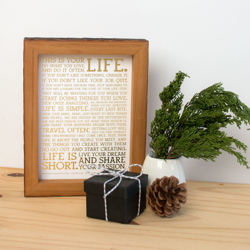 manifesto-gift-bundle-HOLIDAY2-holstee-NOV2017-1200px.jpg