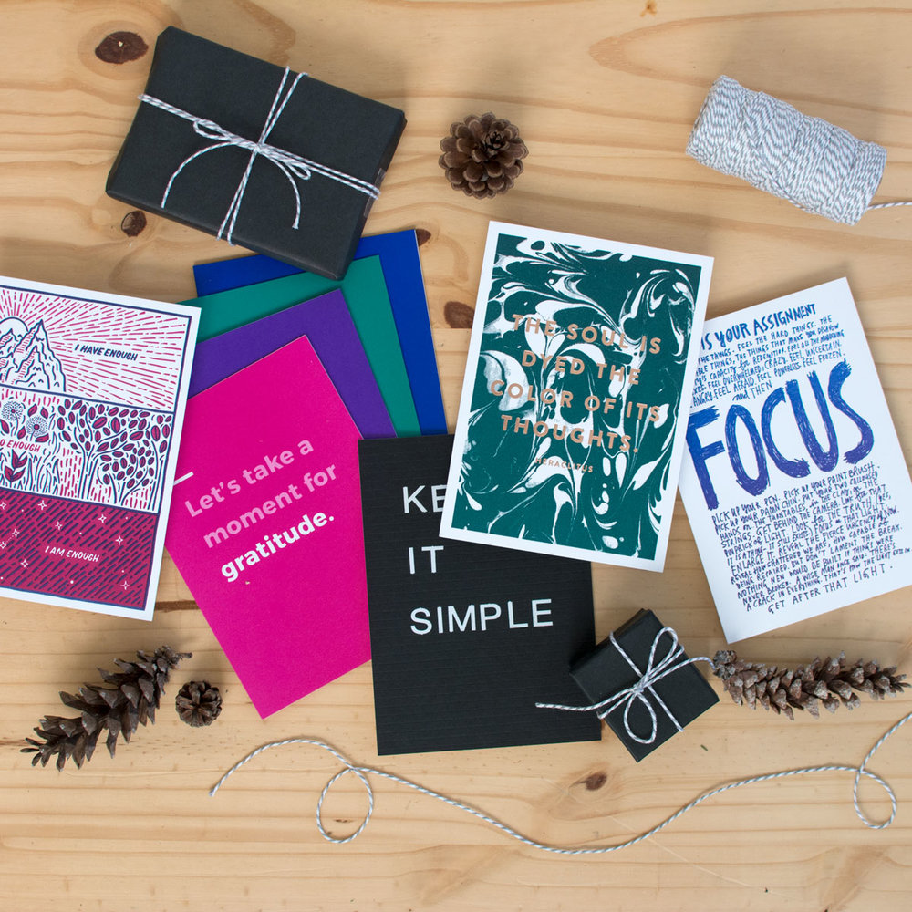 print-bundle1-11-holstee-holiday2017-1200px.jpg