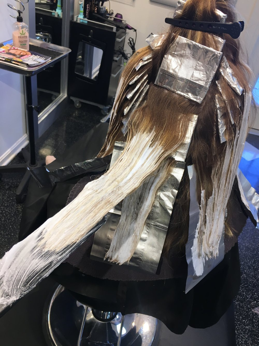 Balayage application between foils