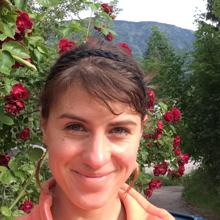 JOHANNA PAQUIN - YOGA
