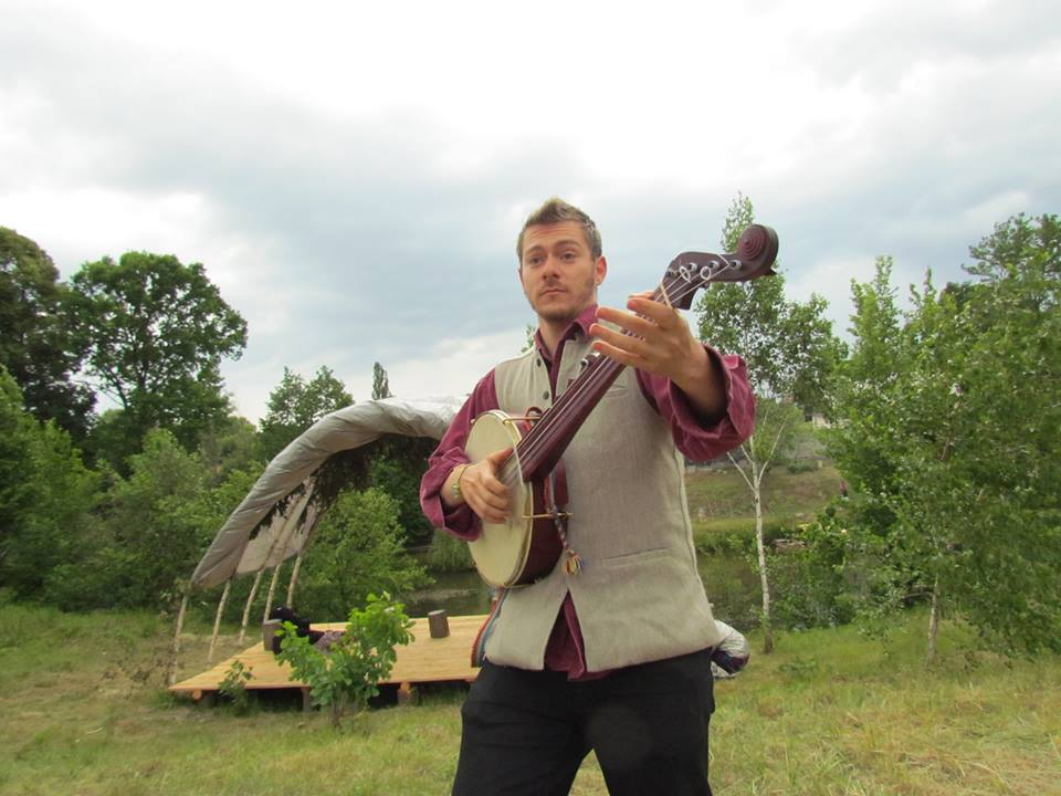 BRIANDOLPHIN - American Folk Singing
