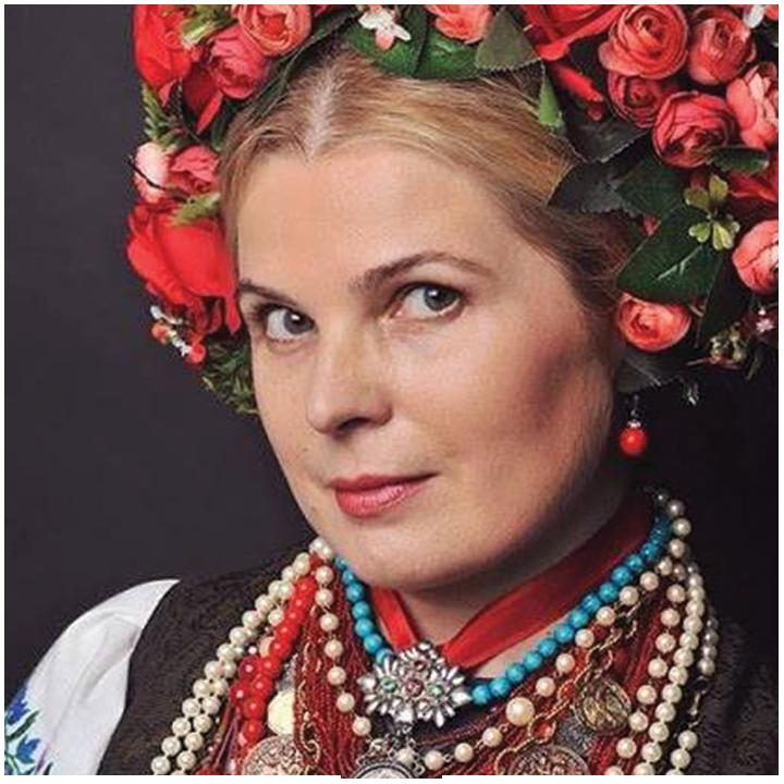 OKSANA PIKUSH  • Petrykivka Folk painting