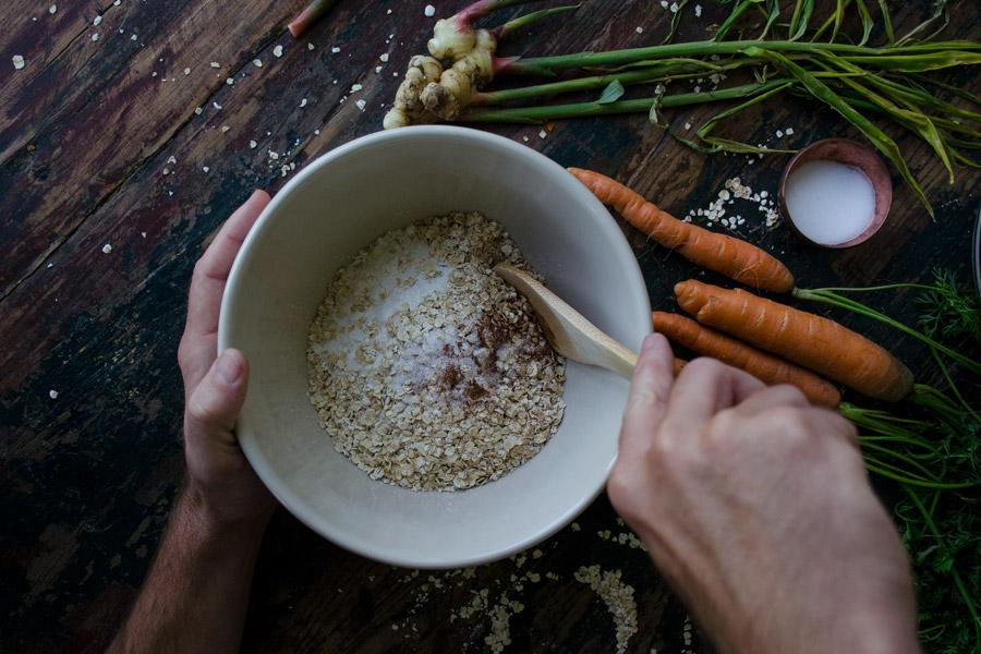 jarrybriefs_carrot_ginger_muffins_6957_900px.jpg