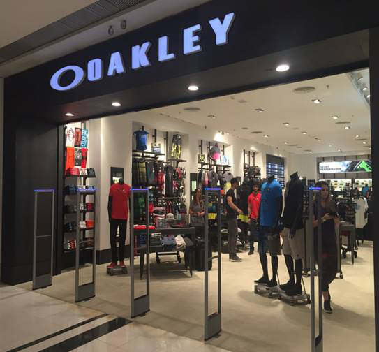 Oakley_RioSul 01.jpg