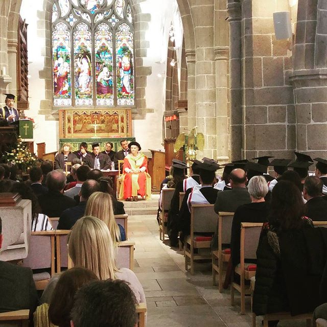 Sir Anthony Seldon, Vice-Chancellor of the University of Buckingham, addressed the convocation, congratulating our students and wishing them the best in the next step of their lives.  #celebration  #studyinjersey #universitylife #degree #jerseyci #financialservices #career #finance #uniofbuckingham #economics #investment #banking #businessschool