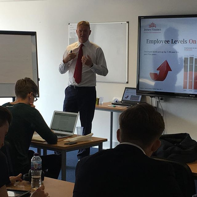 We were delighted to welcome Allan Wood, Director of Business Development Growth Markets at Jersey Finance. Allan lead a seminar on the role that Jersey plays in the global economy and how it facilitates FDI in developed and growth markets alike. Our students discussed the challenges Jersey faces going forward and how it is well placed to continue to perform despite the rather volatile global backdrop.