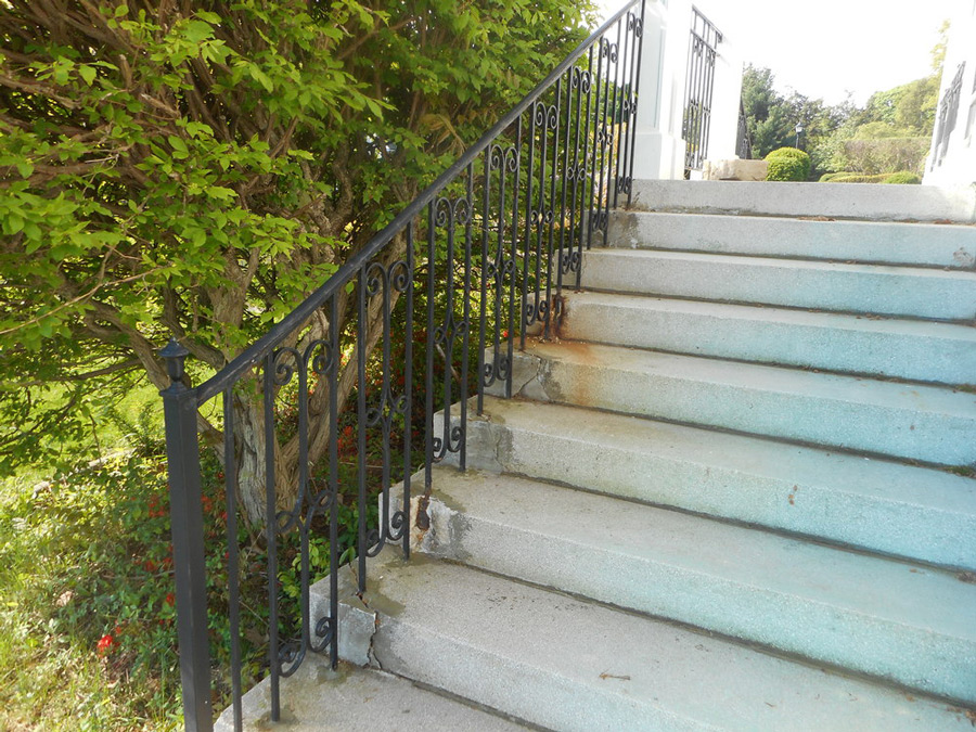 Stone Step Repair: Before