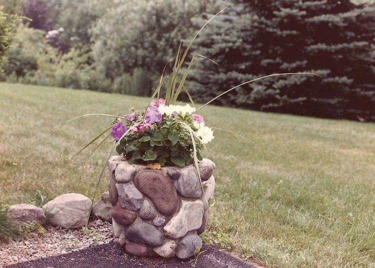 Pot: Stone & Cement