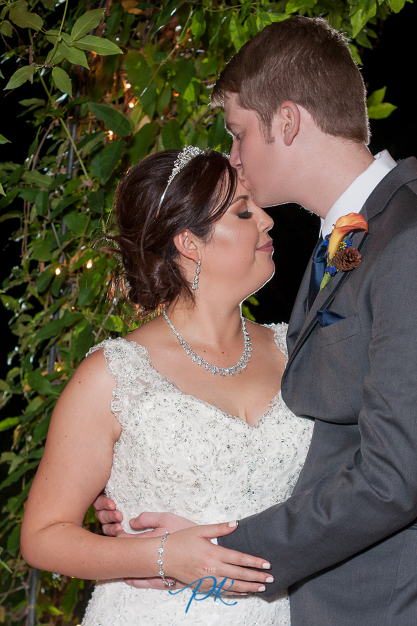 bride-groom-green-archway.jpg