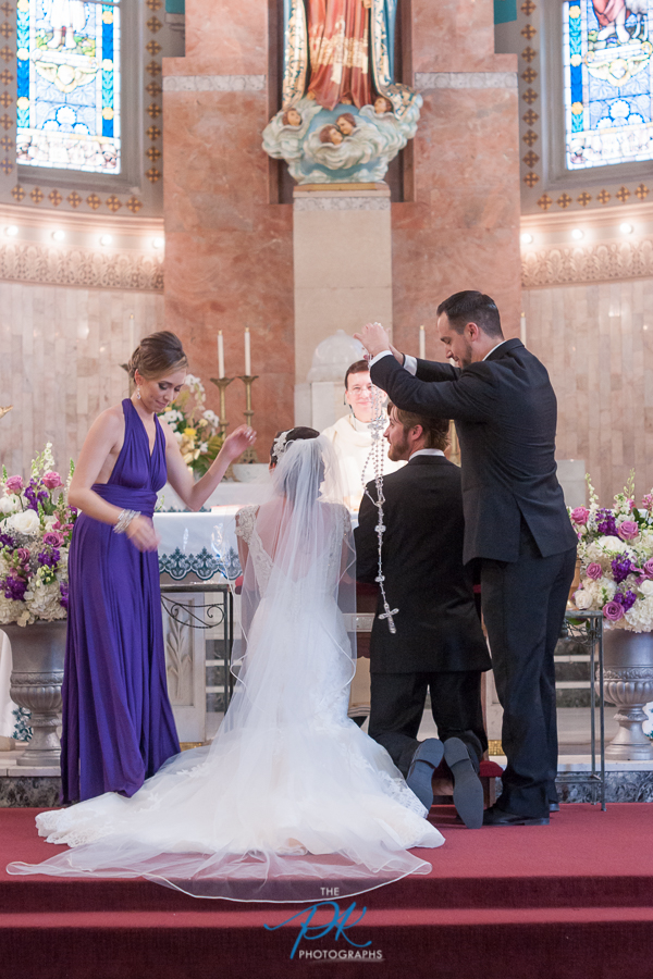 Rosary During Wedding at Immaculate Heart of Mary - San Antonio Wedding Photographer