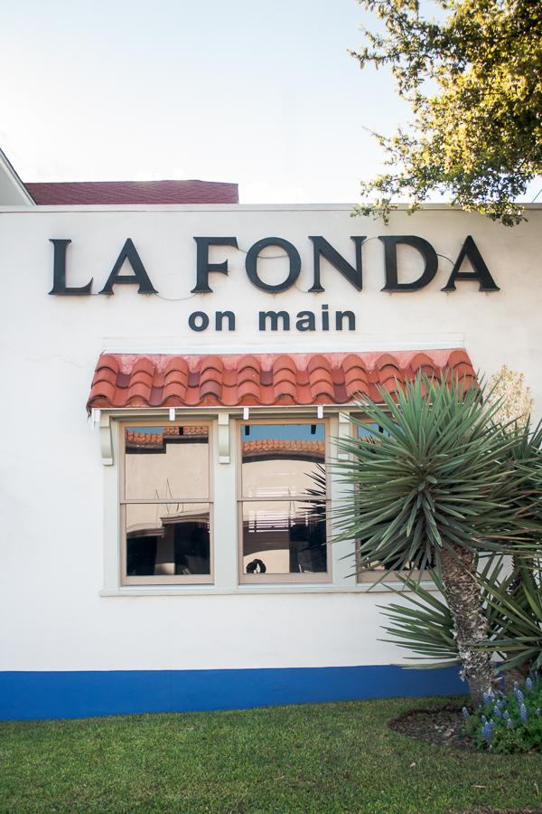 La Fonda on Main - San Antonio Wedding Photographer