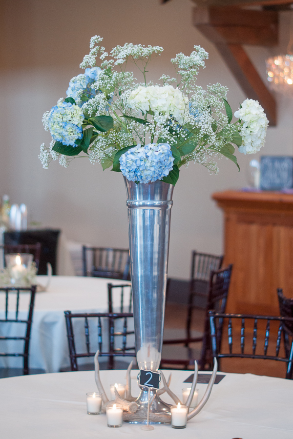 Table Centerpieces at the Lodge at Country Inn Cottages | San Antonio Wedding Photographer