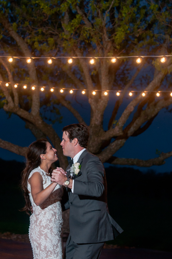 First Dance Under the Stars at the Lodge at Country Inn Cottages | San Antonio Wedding Photographer