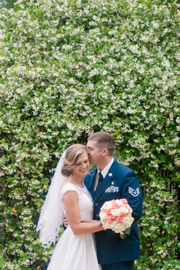 Bride and Groom at Spinelli's Hill Country Wedding Venue | San Antonio Wedding Photographer
