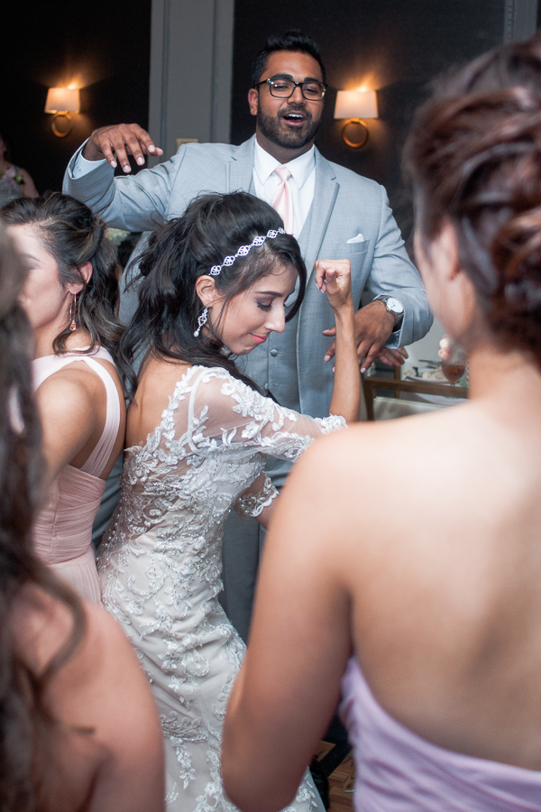 Wedding Reception at St. Anthony Hotel | San Antonio Wedding Photographer