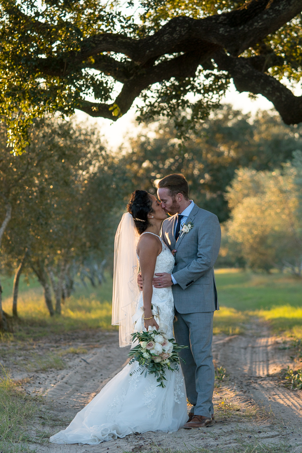 Sandy Oaks Olive Orchard | San Antonio Wedding Photographer