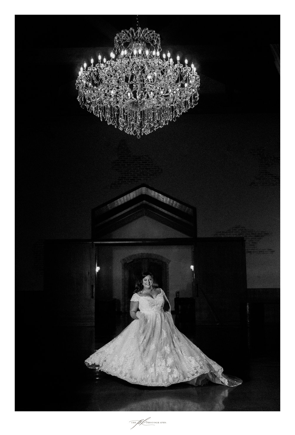 Bridal portrait session of Emily at the Chandelier of Gruene