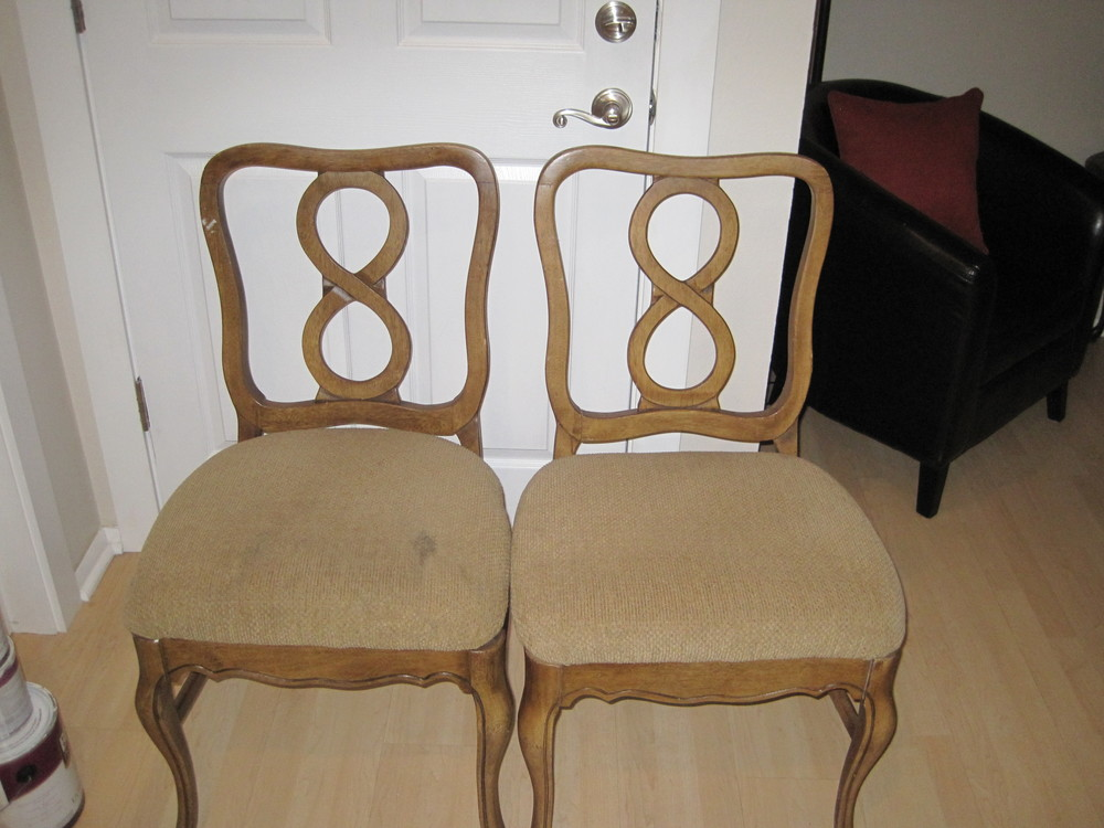 Infinity Chairs Before