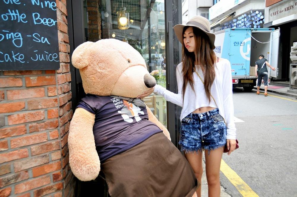 Bear_Garosugil_Sinsa_1