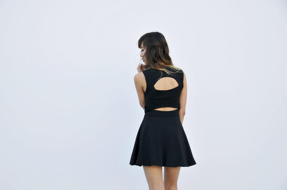 NYE_Black_Dress_Groceries_3