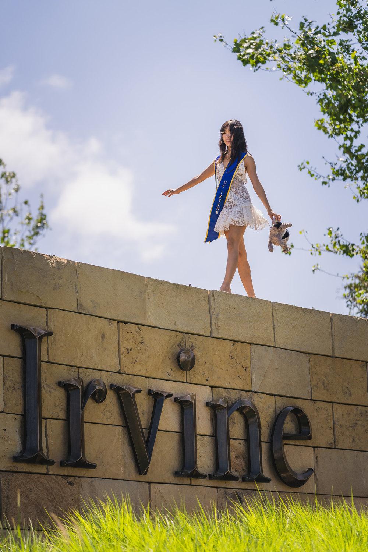 [5-16-2018] Vi's Graduation Photoshoot59.jpg