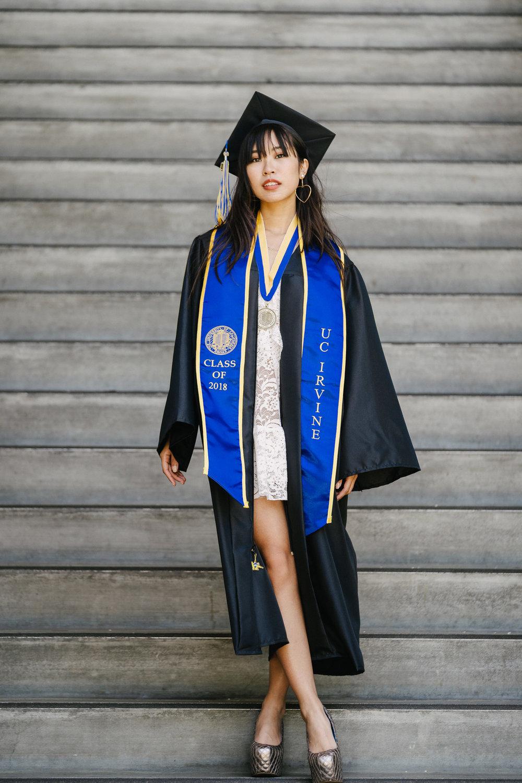 [5-16-2018] Vi's Graduation Photoshoot112.jpg