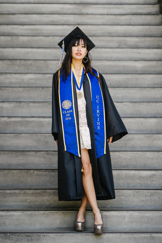 [5-16-2018] Vi's Graduation Photoshoot111.jpg