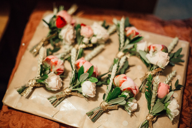 Image: Rachel Hayton Photography //  Buttonholes: Made In Flowers