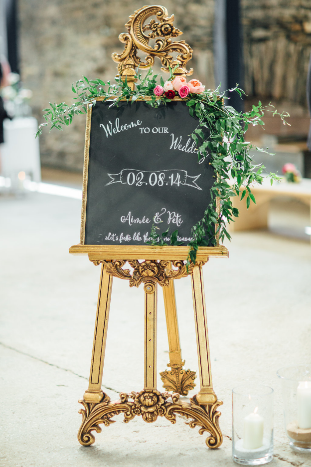 Image: Rachel Hayton Photography // Easel Hire: Typical Type // Garland: Made In Flowers