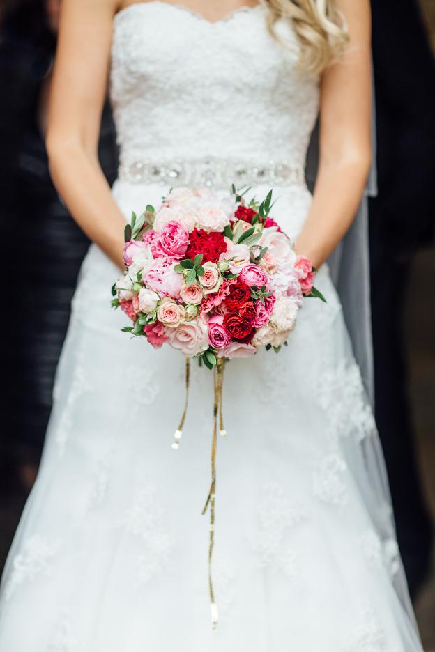 Image:  Rachel Hayton  // Bouquet:  Made In Flowers