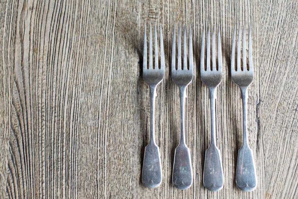 Vintage Silver Plate Forks (Main Course//Starter)