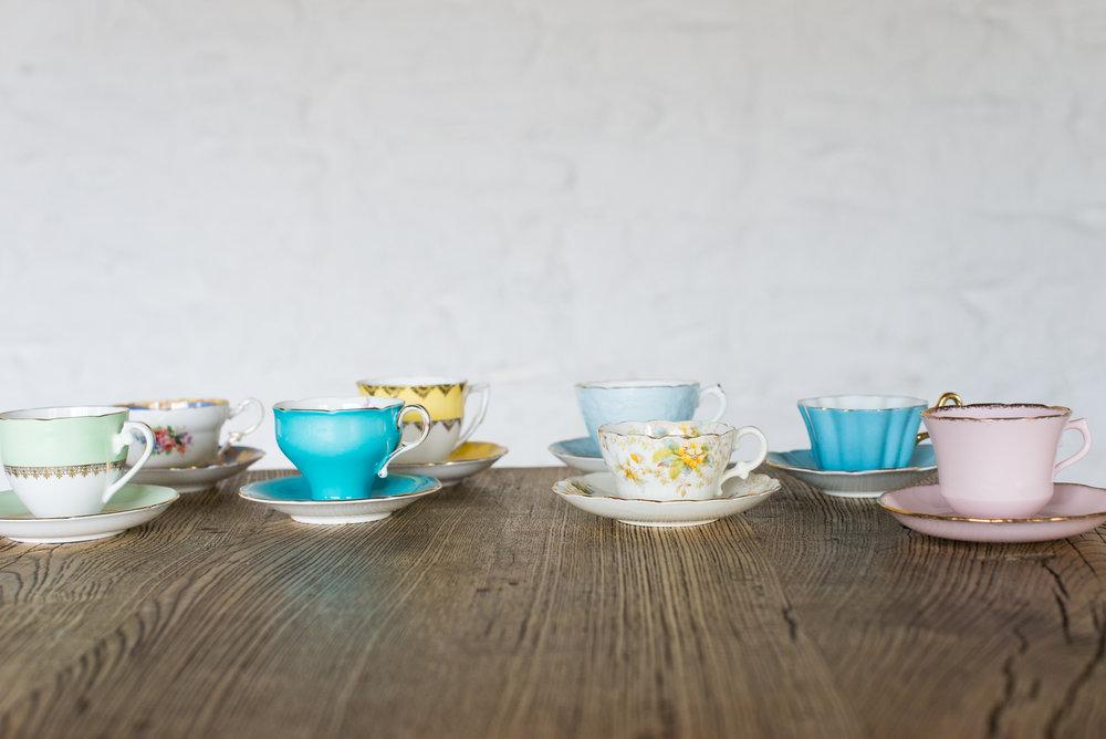 Vinate China Teacups & Saucers