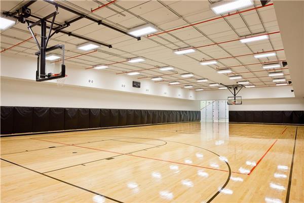 BasketballCourt.jpg