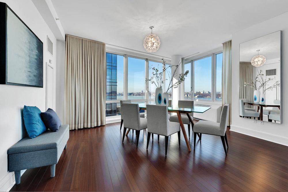 RUT_60_Riverside_Boulevard_1411_New_York_NY_Apartment_-_10_Photo_18_20170117-164646.jpg