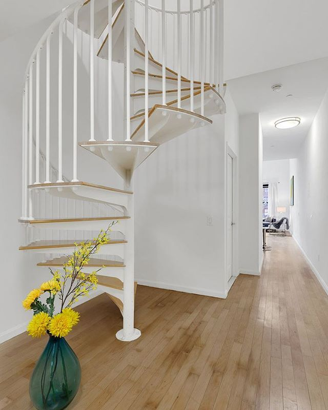 #stairwaytoheaven? Come check it out at our open house this weekend. DM for info. #downtownathleticclub #fidi #nycrealestate #luxuryrealestate
