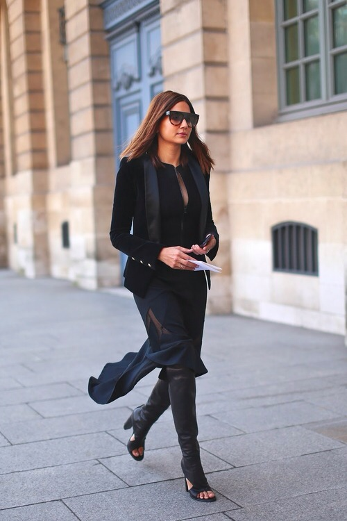 la-modella-mafia-All-Black-Everything-street-style-Christine-Centenera-1.jpg