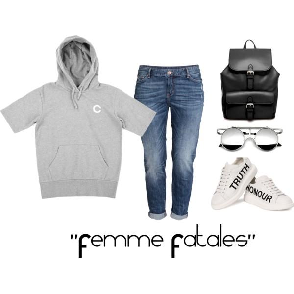 Sweatshirt: Crooks & Castles | Jeans: H&M | Sneakers: Alexander McQueen | Bag: ASOS