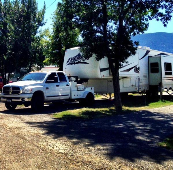 rv full hookup vs waterelectric What does pull-thru, full hookups in an rv park mean if you are camping in a state park then full hook up might mean water and electric.