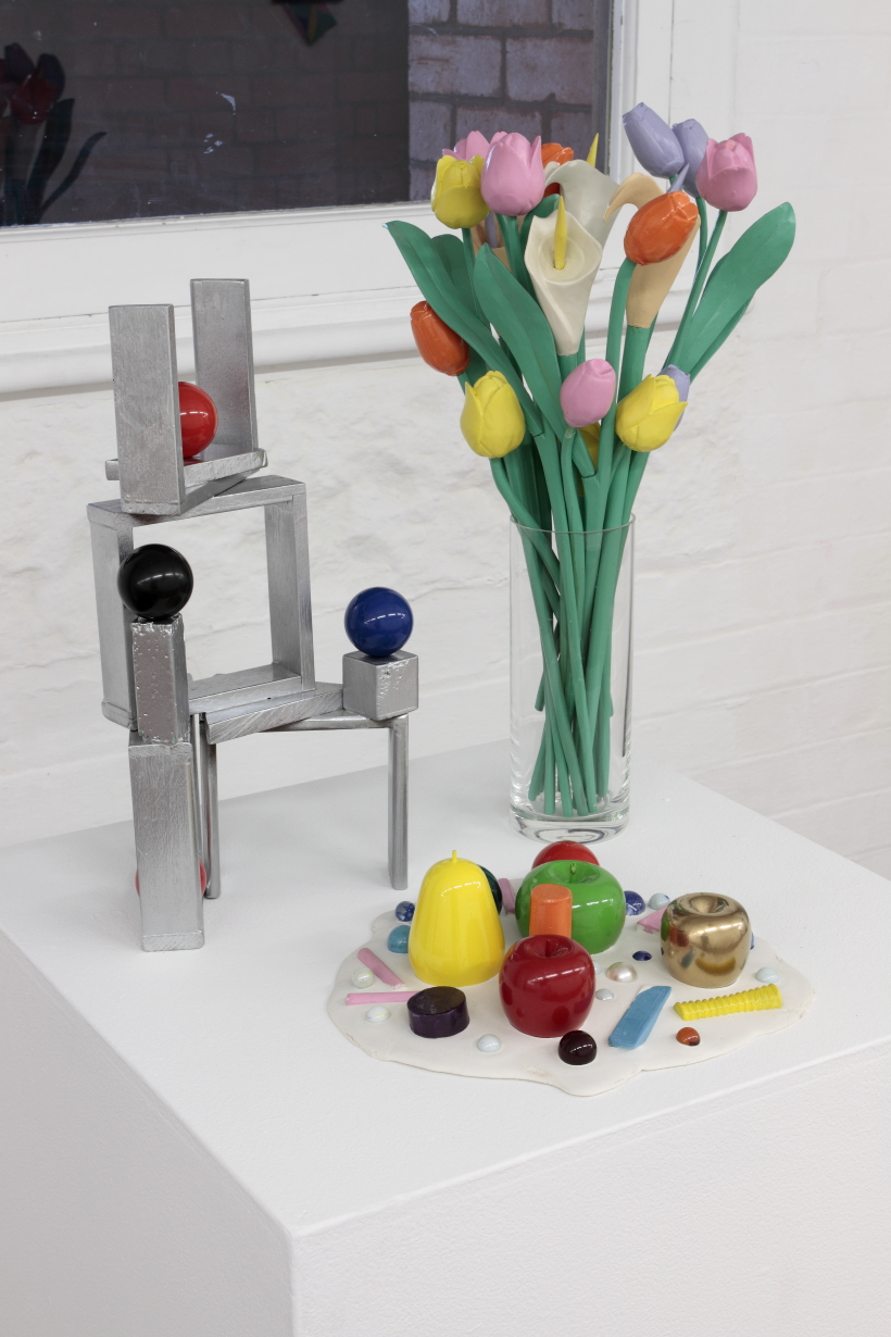 kidd_2013_Silver sculpture with billiard balls_Floral arrangement and Sculpture party.JPG