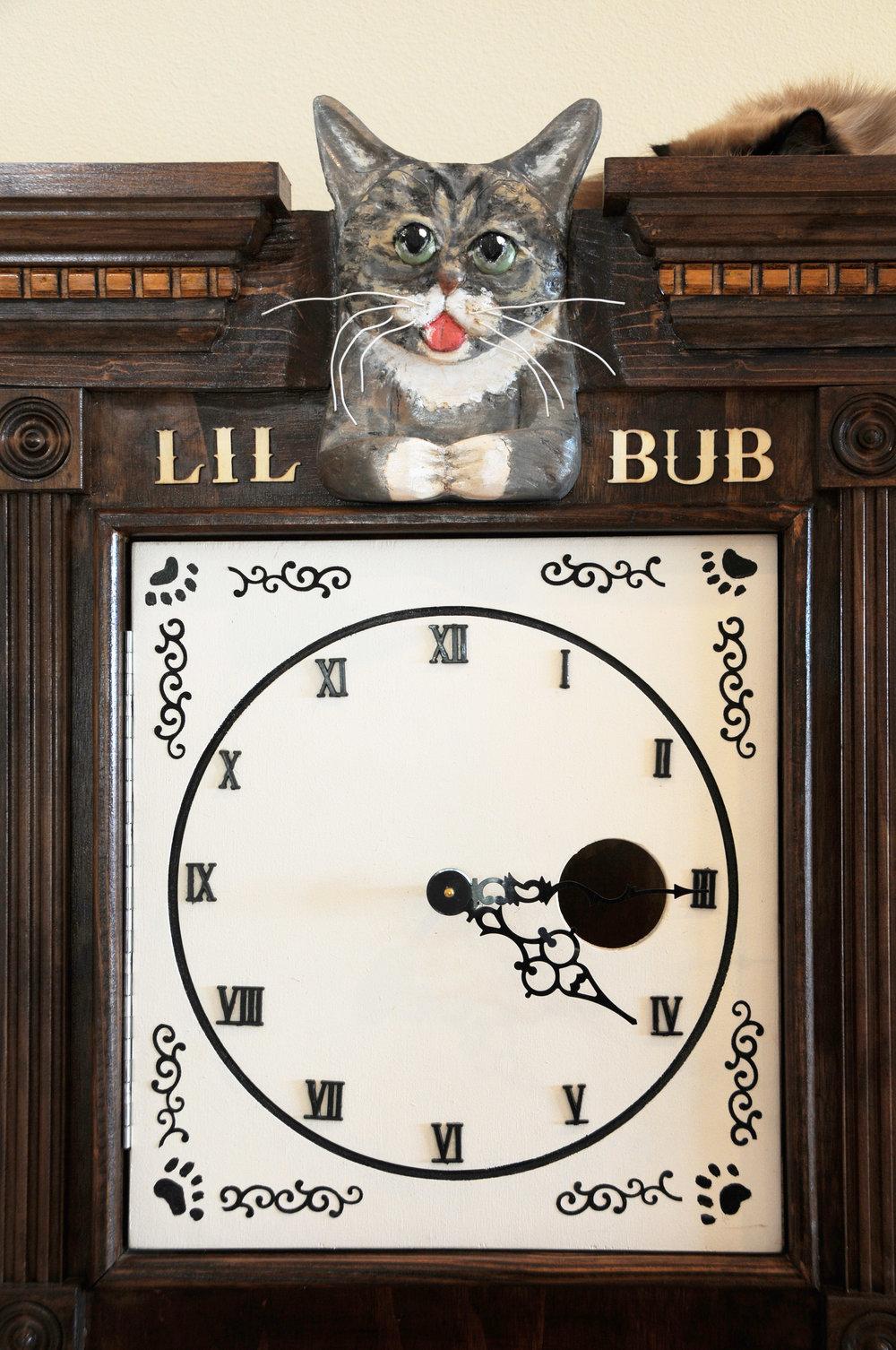 Sq-Paws-Bub-Clock-004.JPG